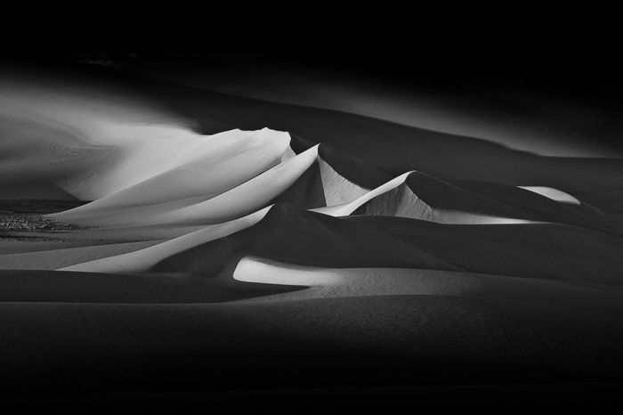ARTWORKS | Gallery DUNES UNVEILED BEAUTIES 2011 - NIKBARTE - THE PART OF LIFE