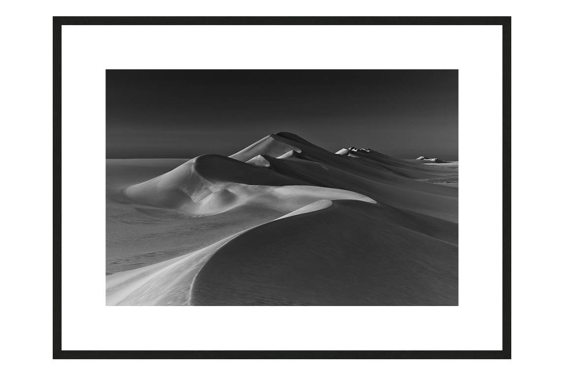 Winter Vibes with frame, DUNES Unveiled Beauties Series, Nik Barte